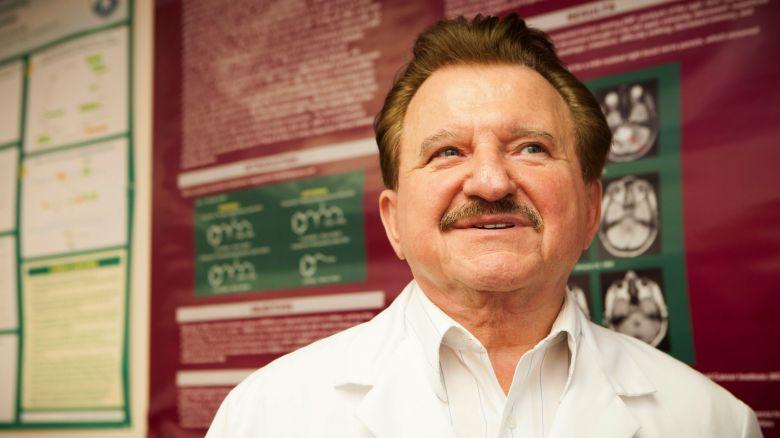 Dr.Stanislaw Burzynski